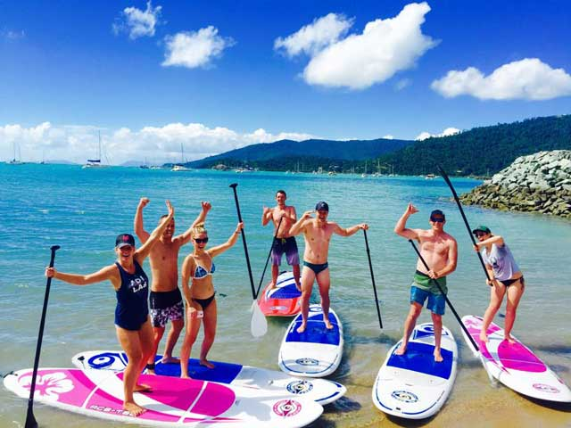 stand up paddle board in airlie beach